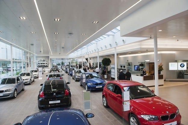 Пазарът на нови коли в Европа върви нагоре 21 месеца