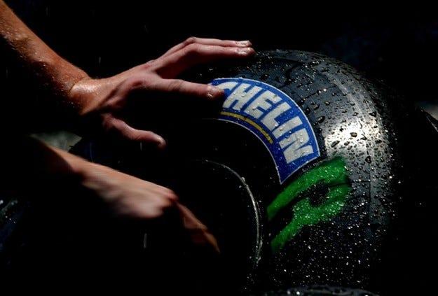 Michelin иска близки до серийните гуми