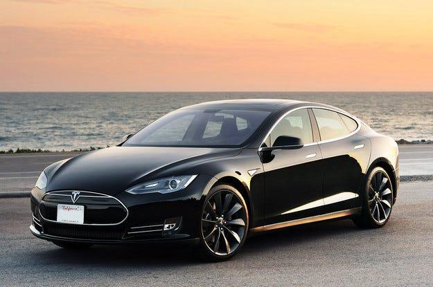 Tesla Model S вече ускорява до 100 км/ч за 2,8 секунди