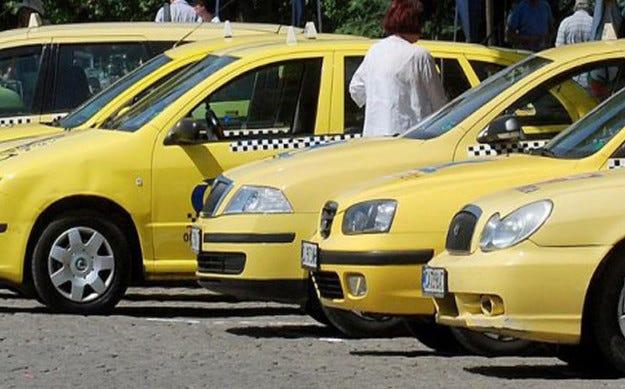Съставиха близо 70 акта на таксита по Черноморието
