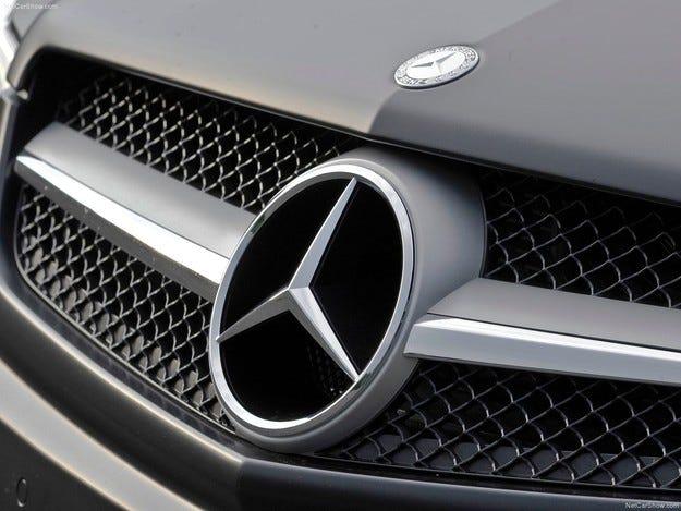 Mercedes планира да разработи електрически кросоувър