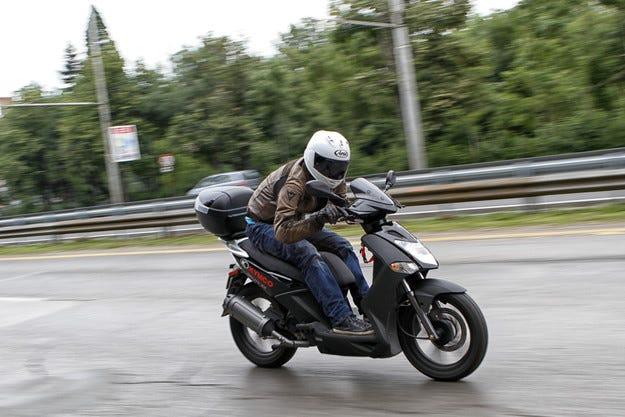 Каската e най-важният елемент за зашита на моториста