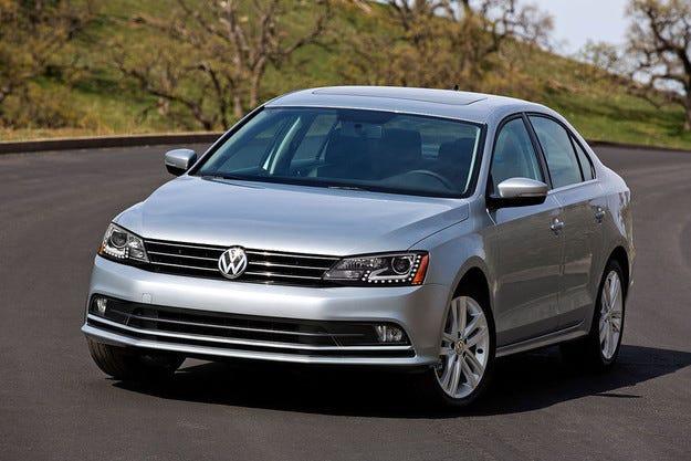 VW привиква в сервиза 420 000 автомобила