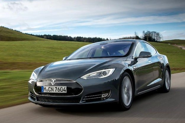 Tesla пуска конкурент на BMW Серия 3 през март 2016