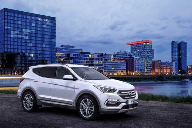 Hyundai Santa Fe идва в София директно от Франкфурт