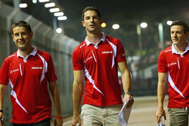 Кариерата на Роси във Формула 1 започна с катастрофа