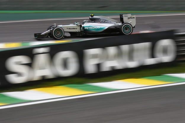 Гран при на Бразилия: Нико спечелия пети пореден пол