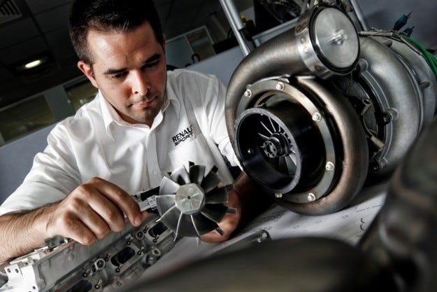 Red Bull се разбра с Renault