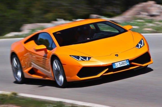 Lamborghini постави рекорд по продажби през 2015 г.