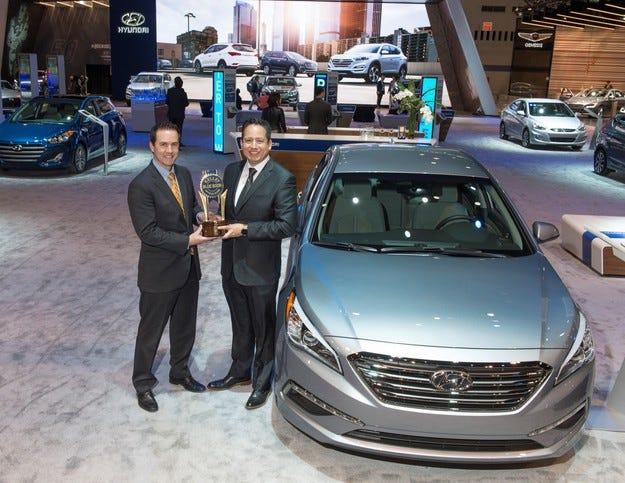 Hyundai Motor печели наградите Kelley Blue Book за 2016 г.