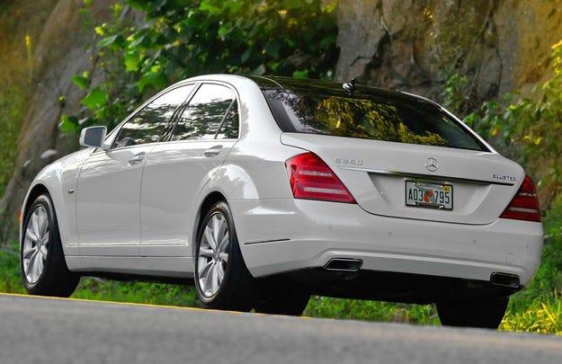 В САЩ заведоха дело срещу Mercedes-Benz за емисиите