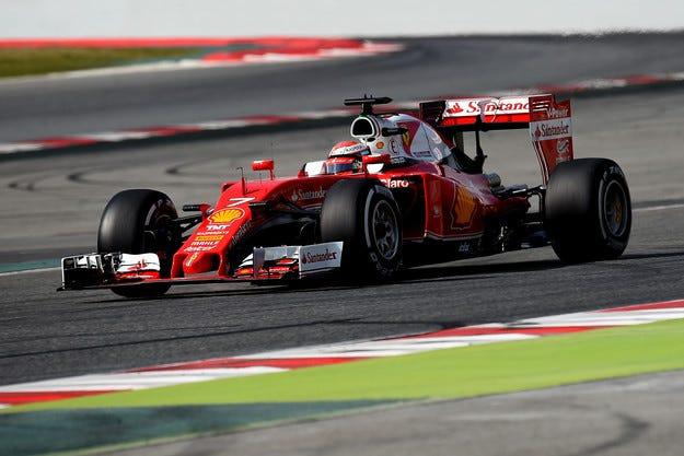 Ferrari отново показа мускули