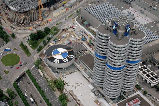 През февруари BMW възвръща позициите си по продажби