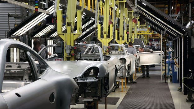 Porsche изплаща бонуси: Почти 9000 евро е личната премия