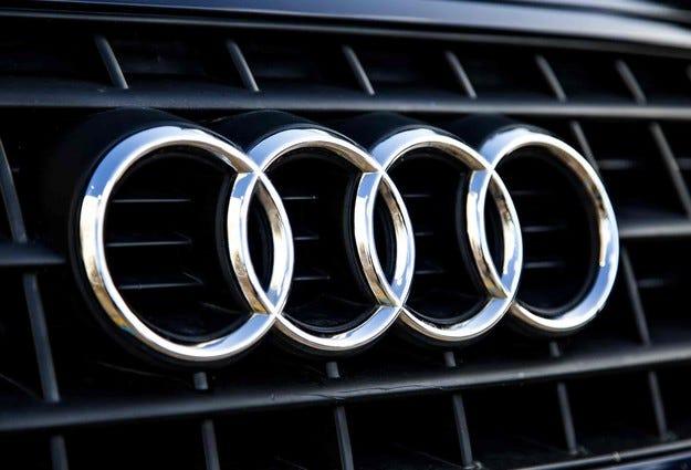 """Audi разработва """"коригиращ"""" софтуер още през 1999 г."""