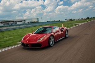 Ferrari подобри прогнозата си, печалбата скача с 19%