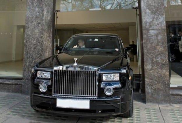 Англичаните въвеждат нова такса за паркиране