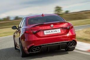 Alfa Romeo Giulia подобри рекорда на Нордшлайфе