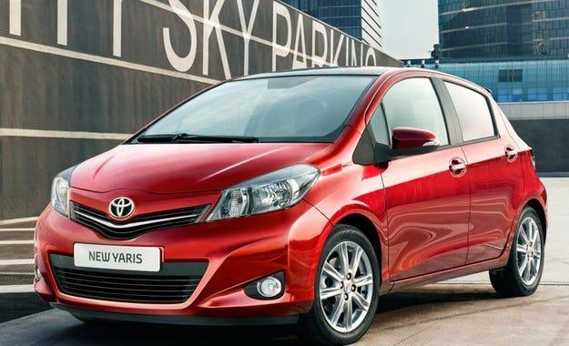 Toyota отзовава 5,8 милиона автомобила в целия свят
