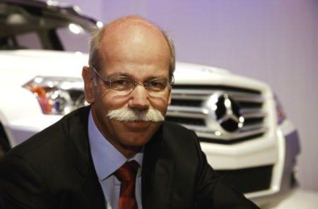 Daimler продължава преговорите с Fiat