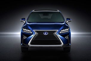 Lexus ще продава водороден автомобил през 2020 г.