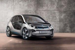 BMW обновява електрическия автомобил i3