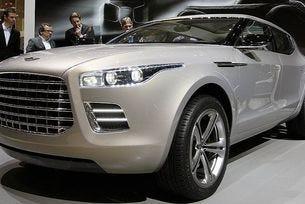 Ferrari и Aston Martin ще бъдат глобени за емисии