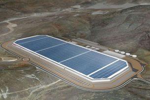 Tesla започва производството на литиево-йонни батерии