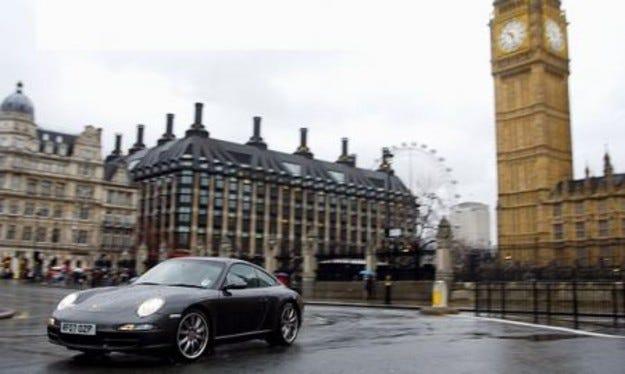Porsche ще съди лондонския кмет