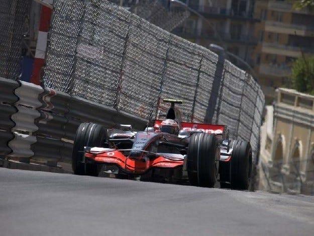Гран при на Монако: Ковалайнен начело след третата сесия