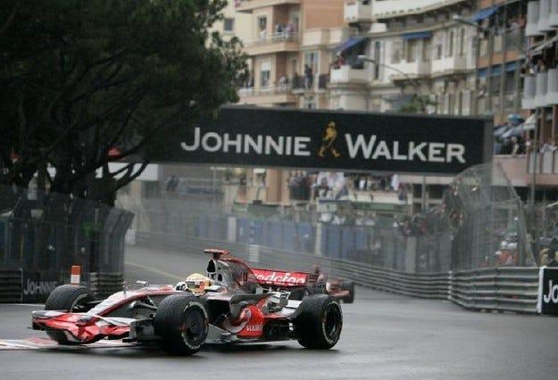 Гран при на Монако: Хамилтън печели старта в Княжеството