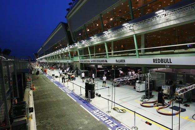 Корекции на пистата в Сингапур?