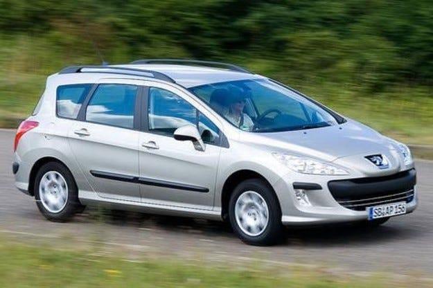 Peugeot 308 с усъвършенствани агрегати