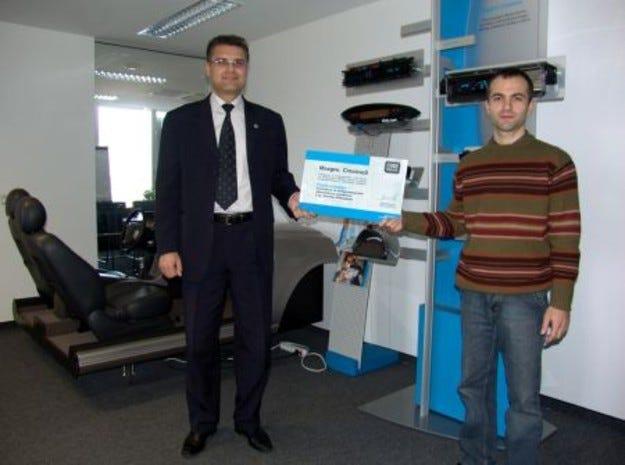 Победител в състезанието Code Racers е 29-годишен програмист от София