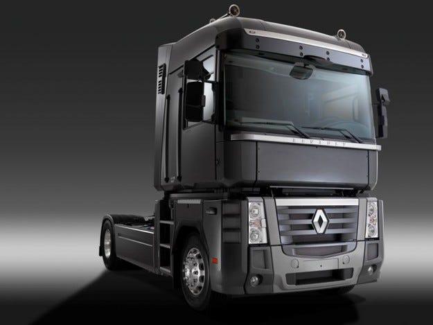 Volvo все пак приема помощта за Renault Trucks