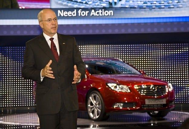 Opel търси 3.3 млрд. евро, за да се отдели от GM