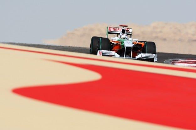 Гран при на Бахрейн: Три места назад за Сутил