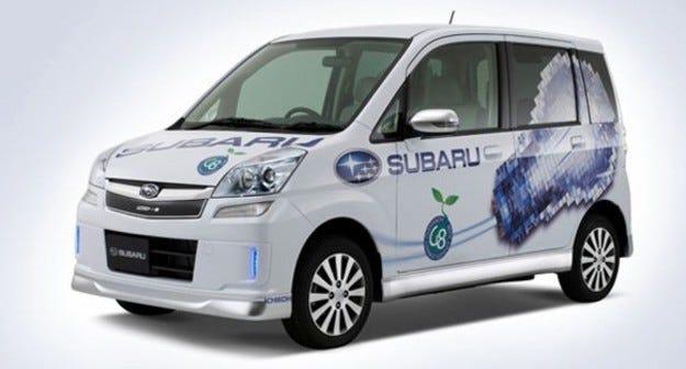 Subaru Stella: Пъхаш в щепсела и готово!