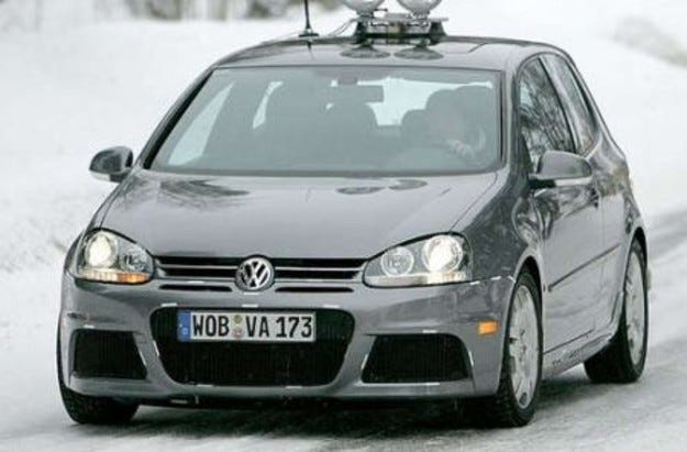 Разконспириран: Volkswagen Golf R36