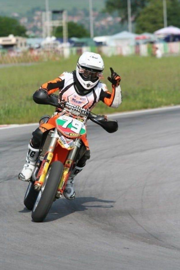 Супермото: Три български победи в Плевен