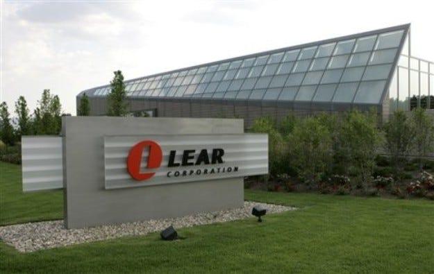 Гигантът Lear обявява банкрут