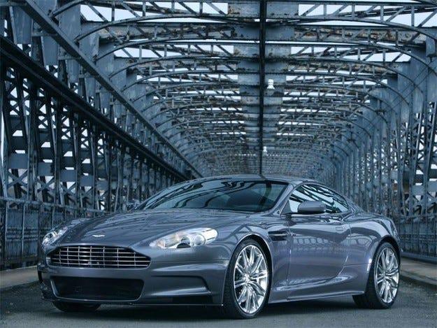 DBX: Нов модел за Aston Martin?