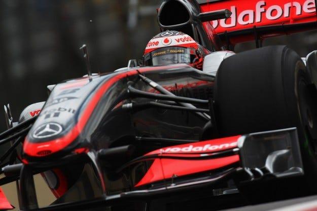 Гран при на Бразилия: Глобяват McLaren и Трули