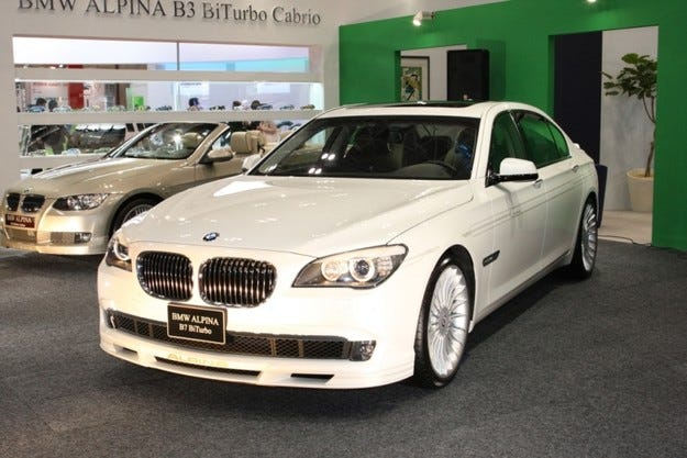 BMW Alpina B7 Bi-Turbo LWB: Дълга и широка