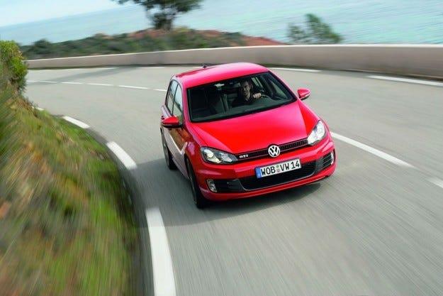 VW завършва годината на печалба
