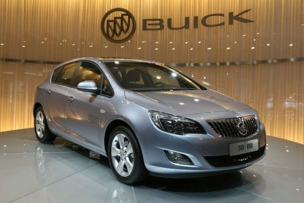 Buick Excelle XT: Astra за китайци