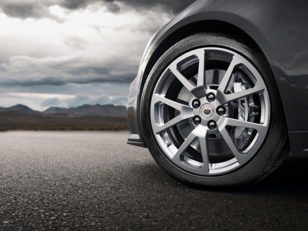 GM ще усъвършенства глобално софтуера на спирачките си до 2012