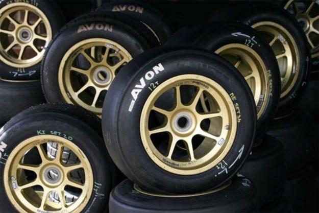 Avon официално потвърди интереса към Формула 1