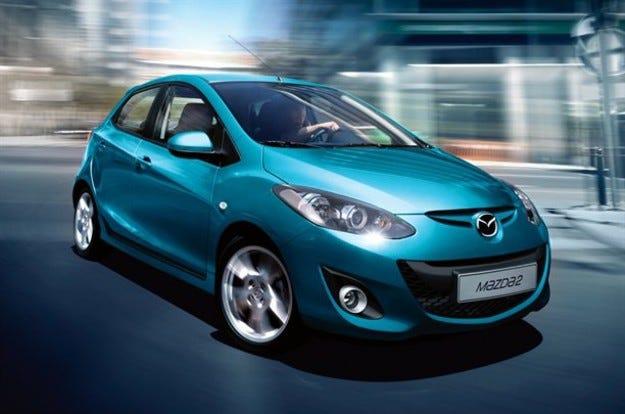 Mazda 2: С ново лице в Париж
