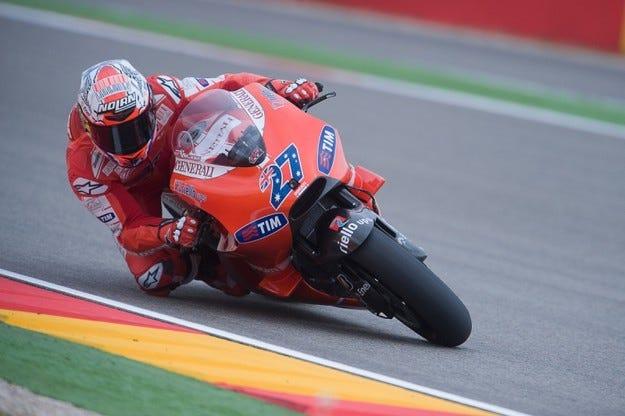 MotoGP: Стоунър спечели първа победа за сезона